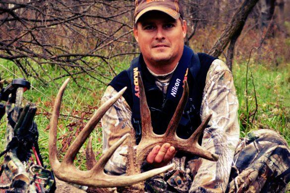 Brad DeMoss Buck